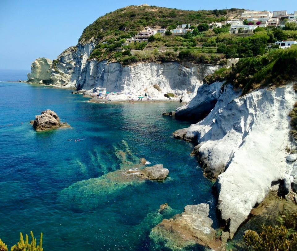 Un omaggio a ponza storie di persone di cinzia tosini - Isola di saona piscine naturali ...