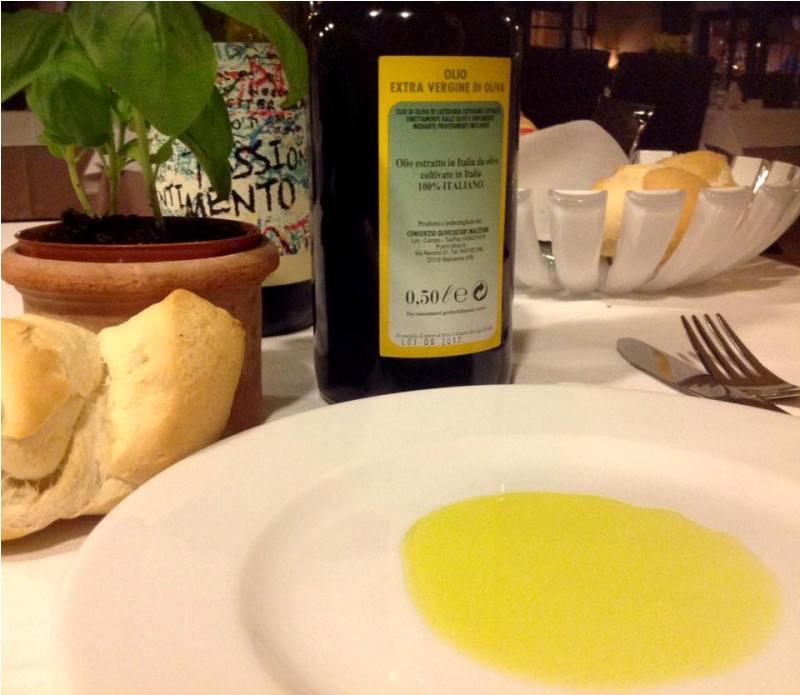 Olio extra vergine di oliva del Consorzio Olivicoltori di Malcesine